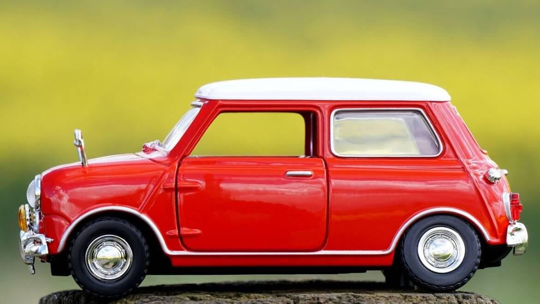 Modely aut z historického pohledu